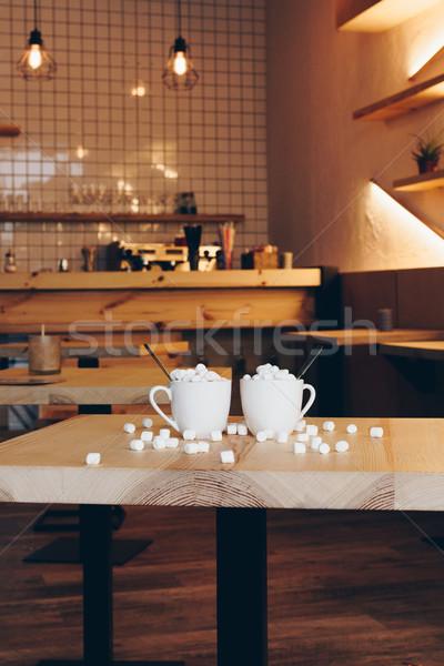 Csészék kakaó kávézó közelkép kilátás mályvacukor Stock fotó © LightFieldStudios