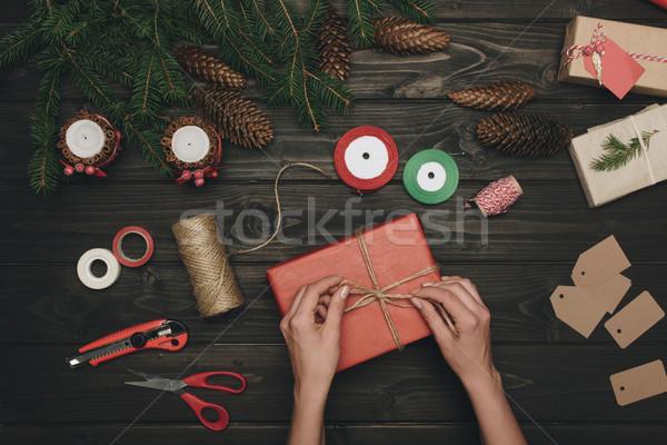 Vrouw christmas geschenk top draad Stockfoto © LightFieldStudios