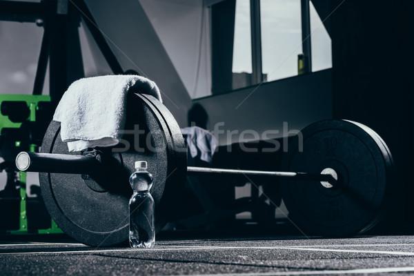 バーベル 階 ジム タオル ボトル 水 ストックフォト © LightFieldStudios