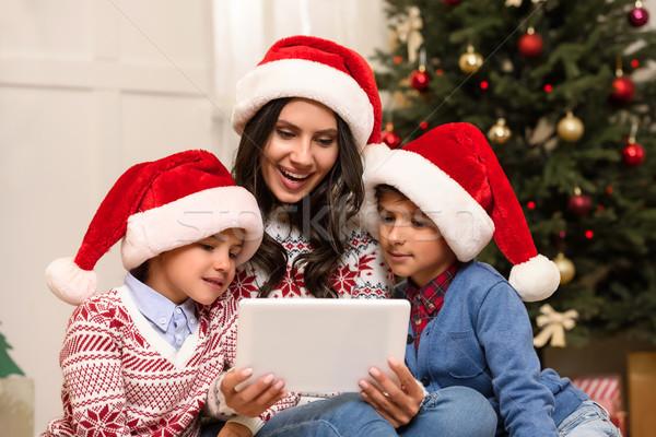 Stock foto: Familie · digitalen · Tablet · Weihnachten · glücklich · Mutter
