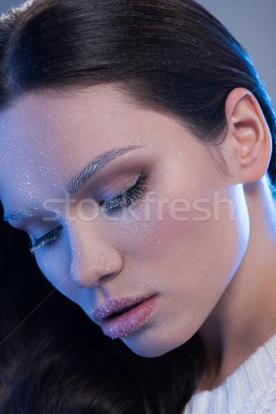 Cubierto helada jóvenes mujer atractiva naturales Foto stock © LightFieldStudios