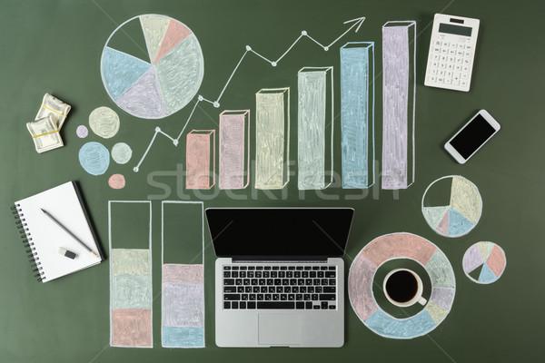 Top laptop business charts beker Stockfoto © LightFieldStudios