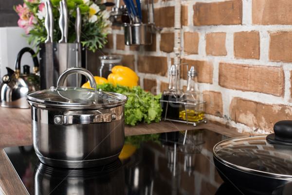 Rondel widoku piec kuchnia żywności Zdjęcia stock © LightFieldStudios