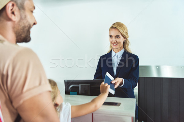 Nino pasaporte personal vista billete comprobar Foto stock © LightFieldStudios