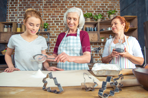 Abuela nieta harina cookies cocina familia Foto stock © LightFieldStudios