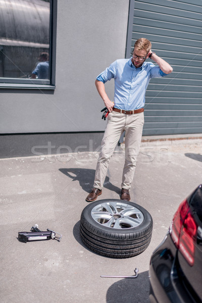 Man auto band jonge knappe man tools Stockfoto © LightFieldStudios