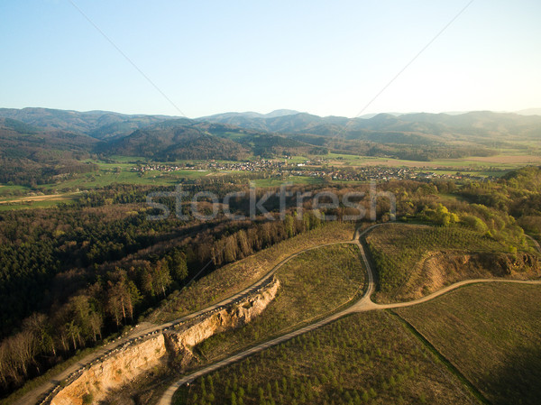 Majestueux paysage routes forêt collines Photo stock © LightFieldStudios
