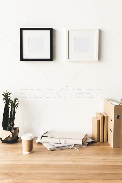 Stock fotó: Fotó · keret · akasztás · fal · szoba · közelkép