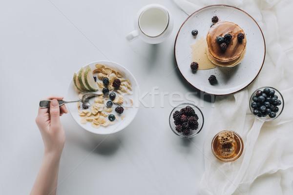 Atış kişi yeme taze sağlıklı kahvaltı Stok fotoğraf © LightFieldStudios
