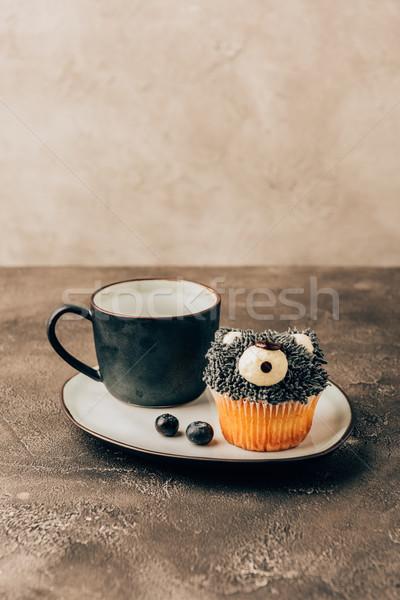 Tatlı lezzetli çörek biçim ayı Stok fotoğraf © LightFieldStudios