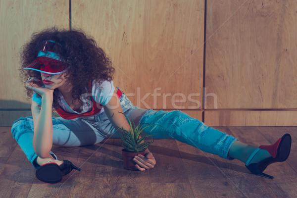 ファッショナブル 女性 工場 植木鉢 キャップ ストックフォト © LightFieldStudios
