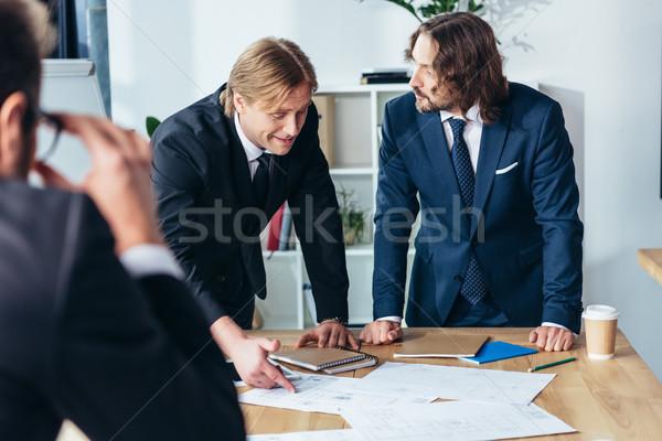 Stock fotó: üzletemberek · dolgozik · iroda · profi · középkorú · hivatalos
