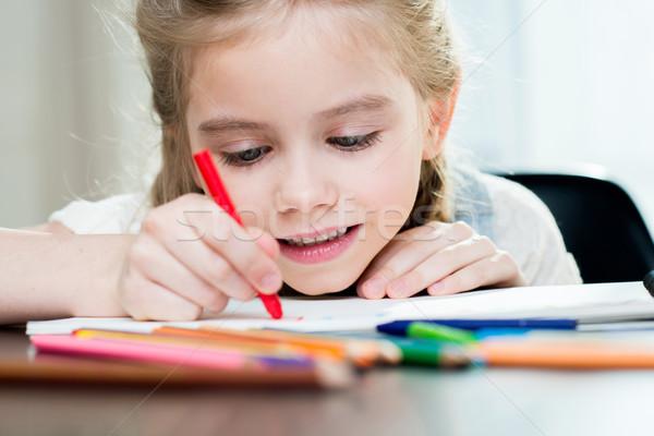 Szczęśliwy matka córka rysunek domu dziecko Zdjęcia stock © LightFieldStudios