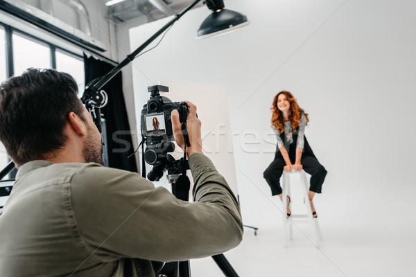 Fotógrafo modelo moda profissional belo foto Foto stock © LightFieldStudios