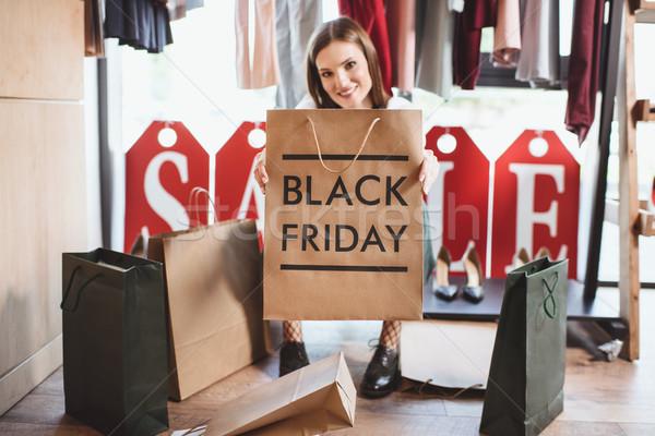 Black friday belle femme boutique Shopping beauté Photo stock © LightFieldStudios