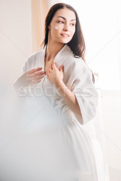 女性 バスローブ クリーム 顔 小さな ストックフォト © LightFieldStudios