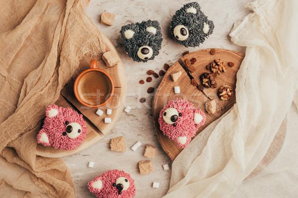 Topo ver doce saboroso bolos raio Foto stock © LightFieldStudios