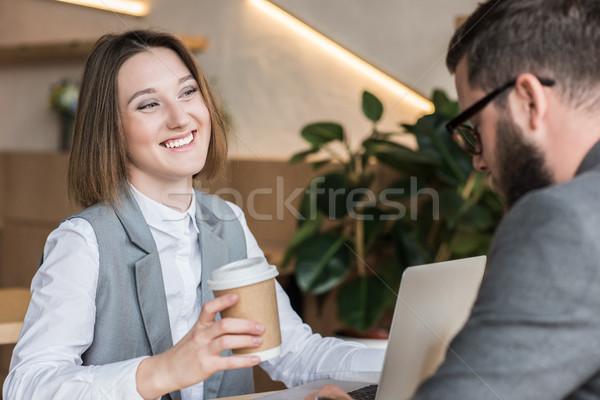 Trinken Kaffee jungen erfolgreich Kaffeehaus Stock foto © LightFieldStudios