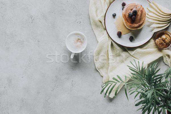 Topo ver doce saboroso panquecas Foto stock © LightFieldStudios