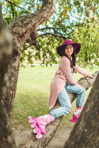 девушки коньки красивой улыбаясь Hat Сток-фото © LightFieldStudios