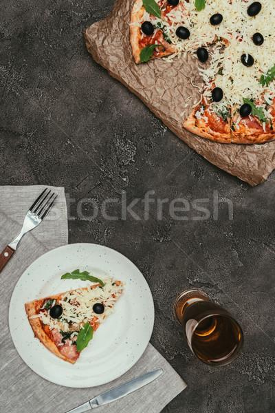 Servido branco prato escuro vidro Foto stock © LightFieldStudios