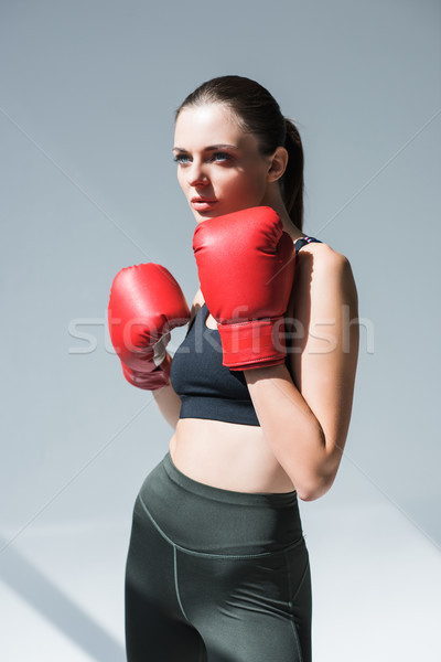 Menina luvas de boxe mulher jovem Foto stock © LightFieldStudios
