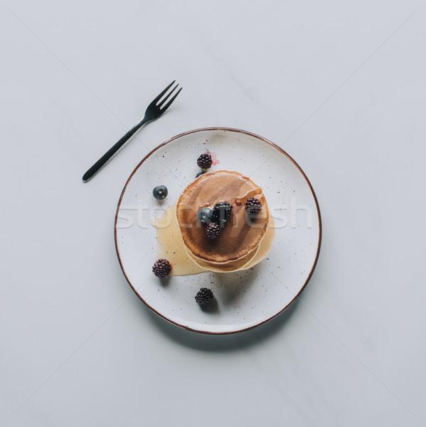Top zoete smakelijk pannenkoeken vers Stockfoto © LightFieldStudios