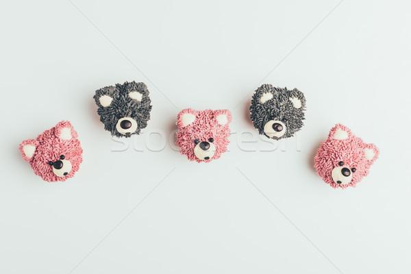 Top zoete smakelijk muffins vorm Stockfoto © LightFieldStudios