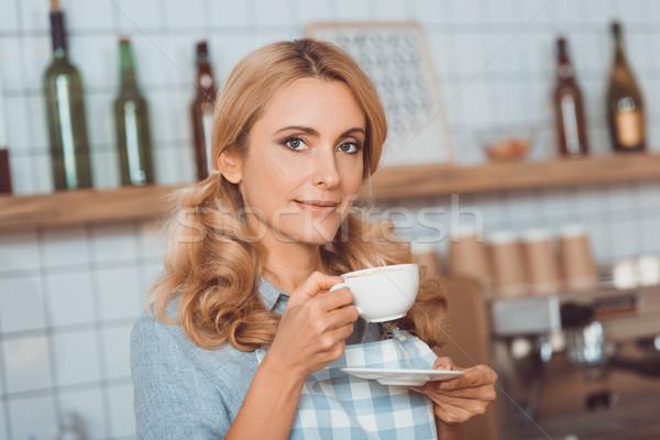 Café propriétaire potable café belle âge moyen Photo stock © LightFieldStudios