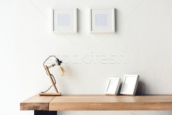 Foto frames opknoping muur werkplek Stockfoto © LightFieldStudios