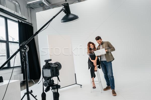 Photographe modèle photo studio professionnels belle Photo stock © LightFieldStudios