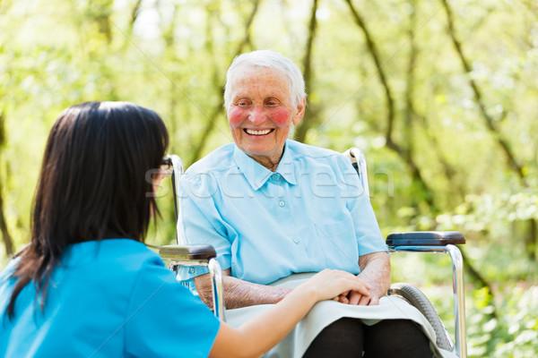笑みを浮かべて 女性 車いす 幸せ 高齢者 患者 ストックフォト © Lighthunter