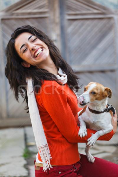 Lány játszik kutyakölyök gyönyörű lány nevet élvezi Stock fotó © Lighthunter