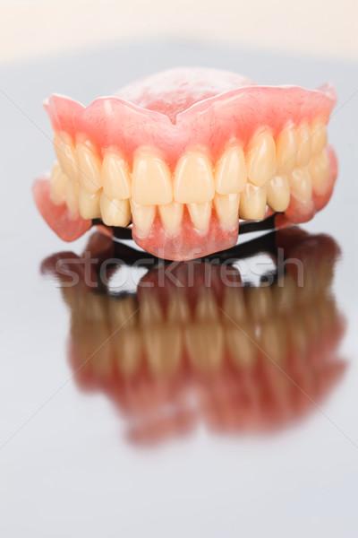 Baisser dentaires prothèse miroir surface médicaux Photo stock © Lighthunter