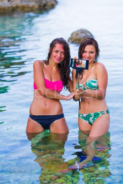 Voor altijd jonge vrouwen vakantie Stockfoto © Lighthunter