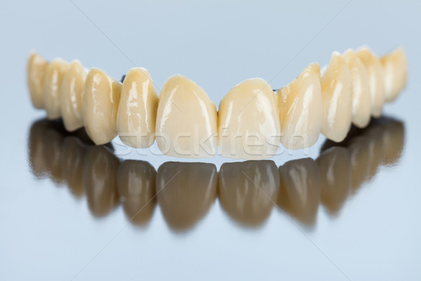 Dentes metálico base belo dental Foto stock © Lighthunter