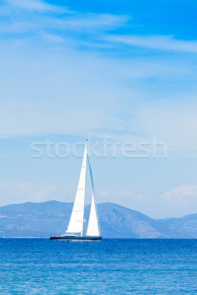Horizon pas belle hybride yacht Photo stock © Lighthunter