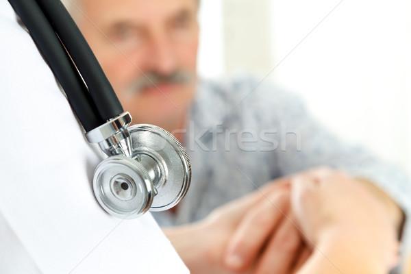 медицинская помощь врач стороны осторожно Focus Сток-фото © Lighthunter