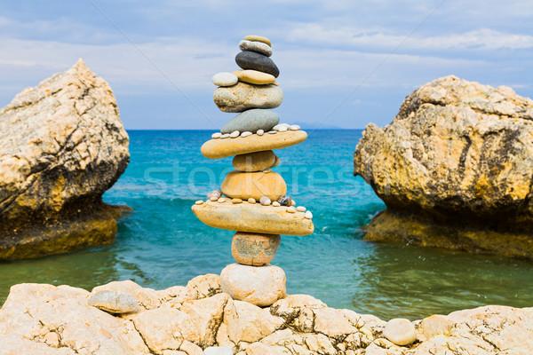 баланса пляж сбалансированный колонки пород Средиземное море Сток-фото © Lighthunter