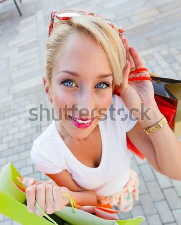 Alışveriş gün genç kadın gülen Stok fotoğraf © Lighthunter