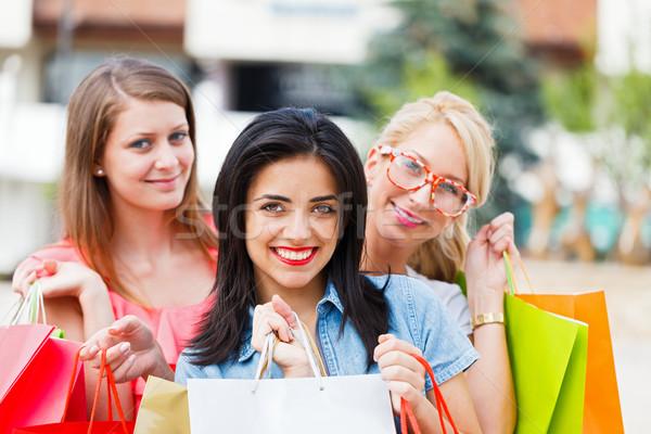 Feliz mujeres amor compras junto cute Foto stock © Lighthunter
