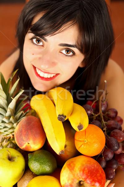 Saúde beleza morena menina prato Foto stock © Lighthunter
