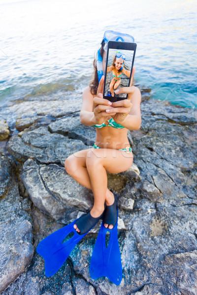 Klassz ünnepek csinos nő elvesz snorkeling Stock fotó © Lighthunter