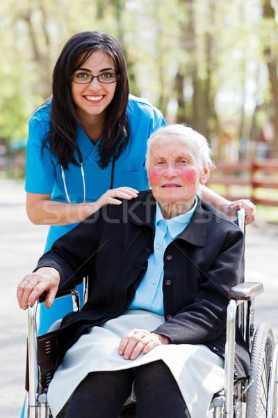 Foto stock: Especial · cuidar · facilidade · idoso · médico · enfermeira