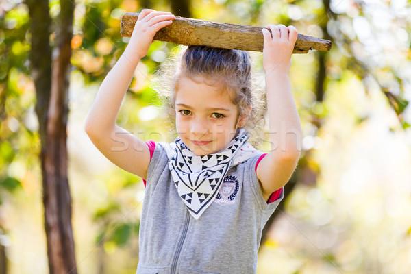 Jogar em torno de little girl Foto stock © Lighthunter