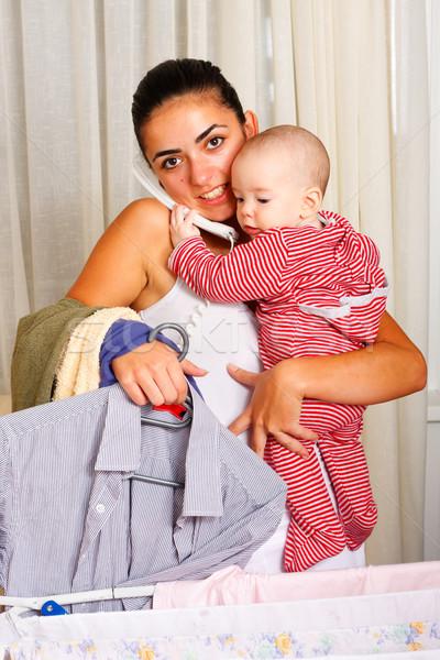 Stok fotoğraf: Bulmak · dengelemek · bir · el · helping · bebek · yardım