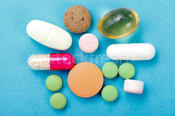 Drogok közelkép különböző tápanyag kiegészítők vitaminok Stock fotó © Lighthunter