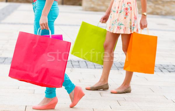Adımlar şehir alışveriş kadın bacaklar dışarı Stok fotoğraf © Lighthunter