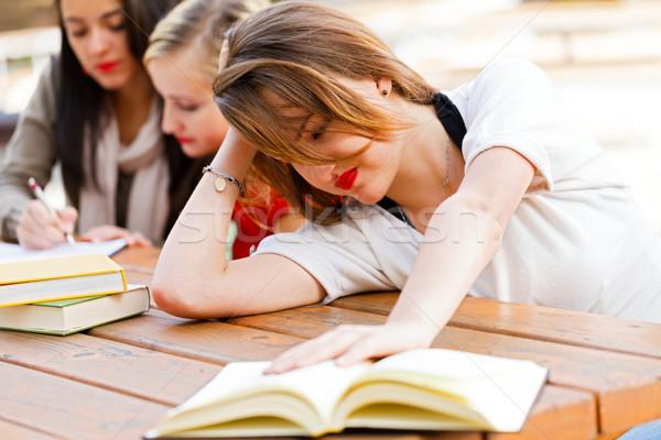 Menina suficiente livros esgotado estudante aprender Foto stock © Lighthunter