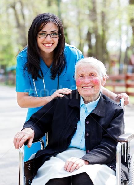 Stock fotó: Boldog · nyugdíjas · beteg · orvos · nővér · kint
